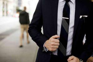 استایل جذاب مردانه با گیره کراوات