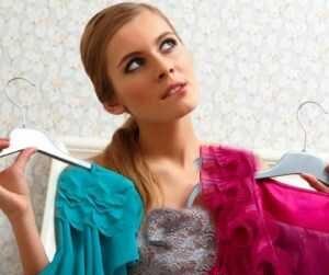 اشتباهات رایج خانم ها در رنگ لباس