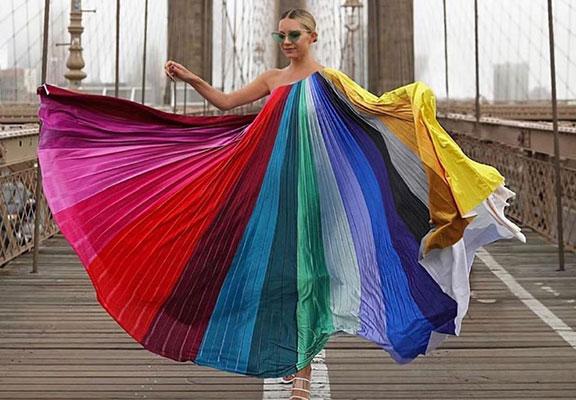 رنگ های شاد در لباس
